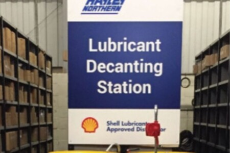 lubricant decanting station